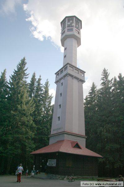 Javorník (hora 1.066 m) - rozhledna